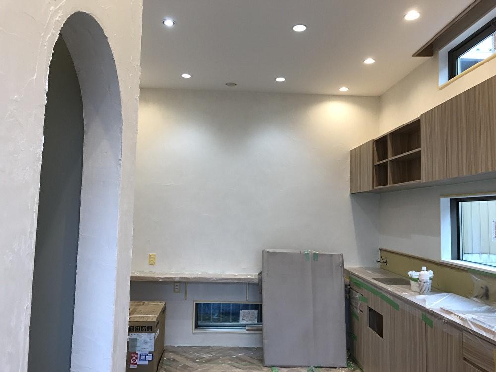 美容空間POOLオープンまで⑥床材&内壁